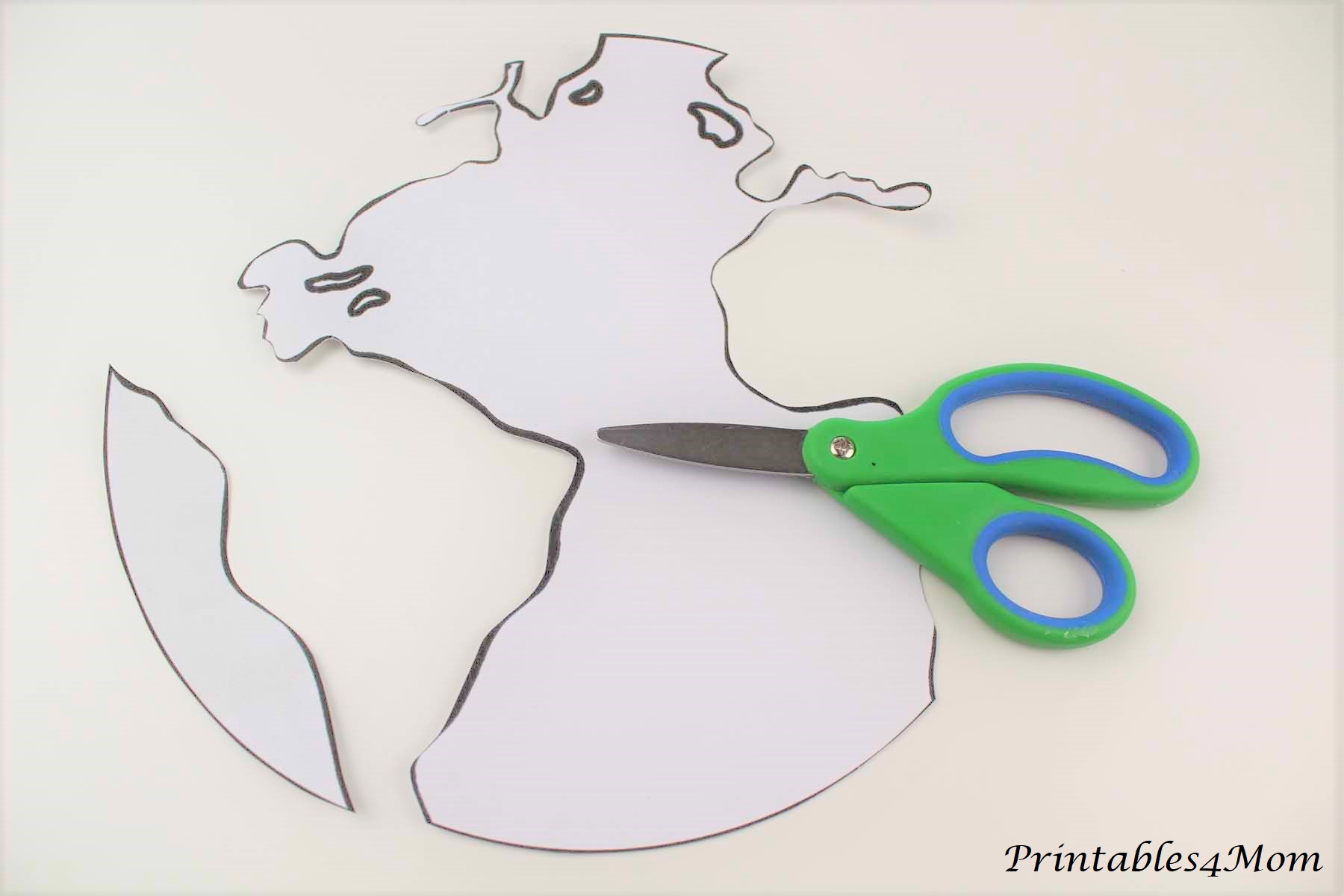 Paper Plate Earth Painting with Printable Template - Printables 4 Mom